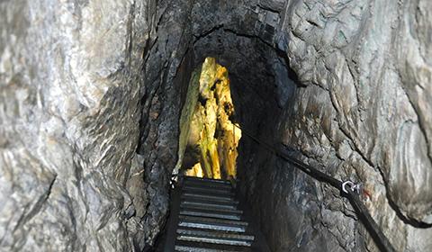 Klettersteig Pinut – ein faszinierendes Naturerlebnis durch den ältesten Klettersteig der Schweiz.